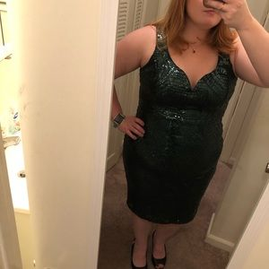 Gorgeous green sequin cocktail/party/prom dress.